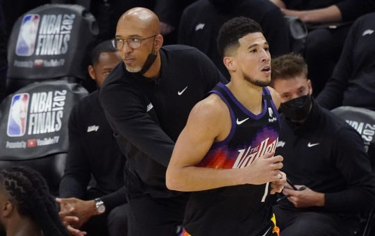 Young nucleus intact, Suns wait to see if Chris Paul returns