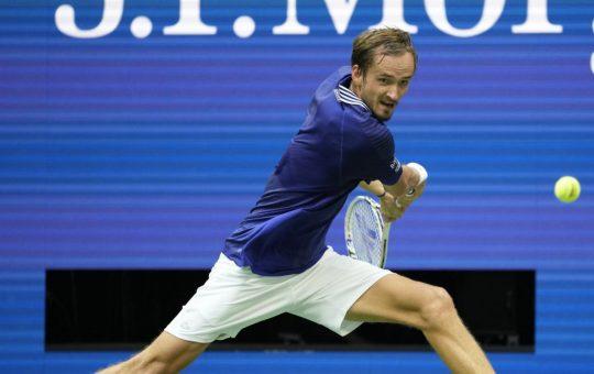«Daniil puede ganar Wimbledon en 2022, pero no Roland Garros»