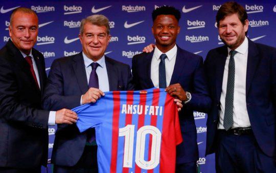 «¿El 10? No tengo presión, nadie va a hacer lo que Messi»