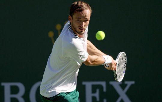 ¡Salta la sorpresa en Indian Wells: Medvedev, eliminado!